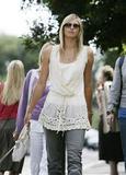 Maria Sharapova - Page 2 Th_30322_IML_10416PCN_Maria12