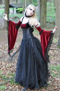 Maria Amanda - Medieval Gothic [Zip]w5mfv36g0h.jpg