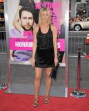 th_11728_JenniferAniston_HorribleBossespremiere_Hollywood_300611_035_122_566lo.jpg