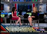 "ALEX WITT legs - ""MSNBC News Live"" (April 18, 2009) - *newsbabe legs*"